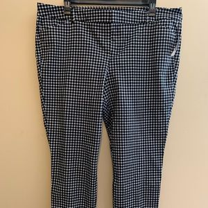 Old Navy Pixie Ankle Pants size 20